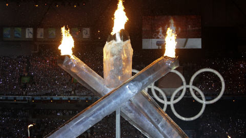 Symboles olympiques l 39 quipe de france olympique aux jo - Flamme olympique dessin ...